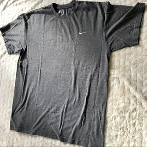 Nike men's loose fit T-shirt/tee